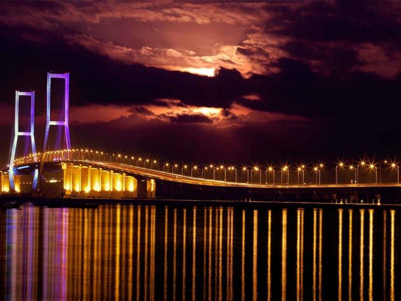 Jembatan-Suramadu2